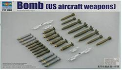 TRUMPETER BOMB US AIRCRAFT WEAPONS E1.32 COD.03307